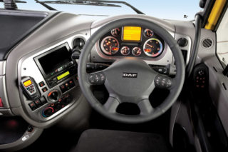 DAF XF105 interior