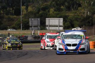 Global Touring Cars led by Johan Fourie. Photo by RacePics.co.za