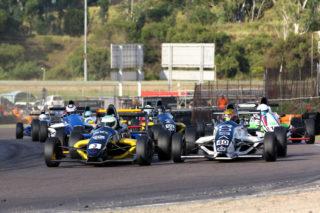 Investchem Formula 1600 led by Scott Temple. Photo by RacePics.co.za